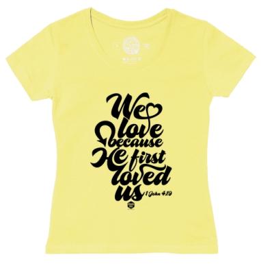 Футболка женская желтая - Бог возлюбил нас прежде, чем мы Его
