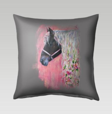 Лошадь с цветами в гриве, Подушка